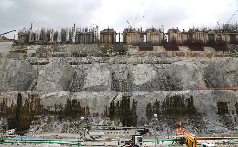 Hidrelétrica de Belo Monte: produção específica e logística multimodal