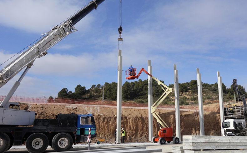 Transporte de pré-fabricados de concreto exige logística complexa
