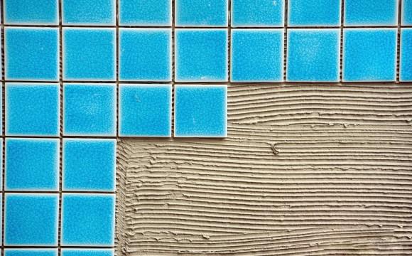 Cerâmica em piscinas
