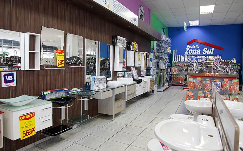 Lojas apostam em promoções e comércio busca recuperação