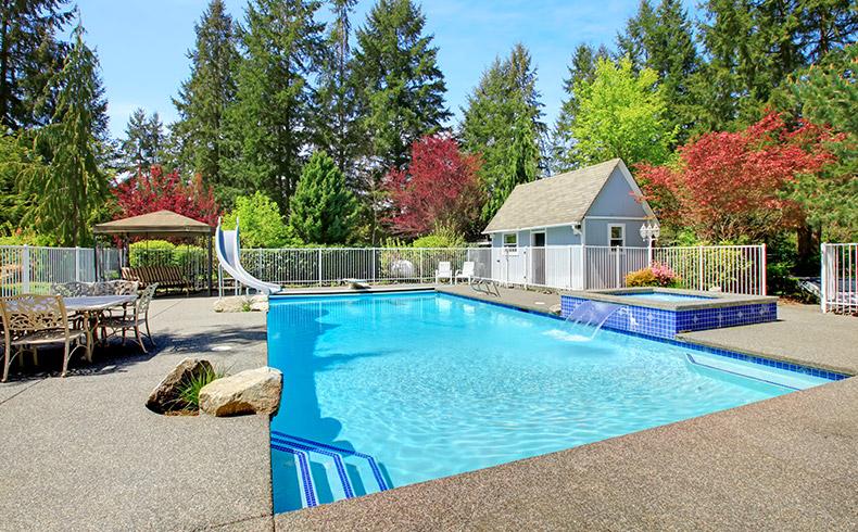 Saiba escolher corretamente o piso para piscinas