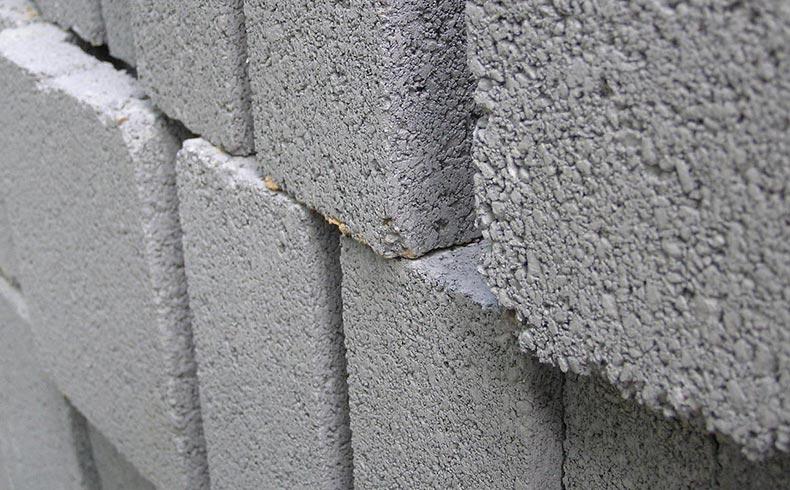 Como receber blocos de concreto na obra?
