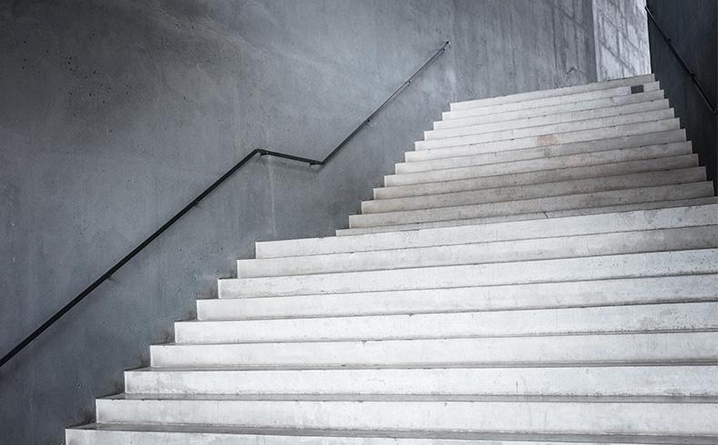 8b18446110 Três erros comuns na construção de escadas - Capacitação - Mapa da Obra