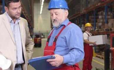 Manter o profissionalismo no trabalho garante boa gestão de equipe