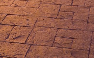 Piso de concreto estampado é resistente e prático