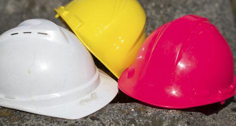 A cor do capacete de segurança