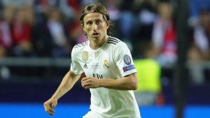 Modric y Mbappé en la liza por premio Balón de Oro