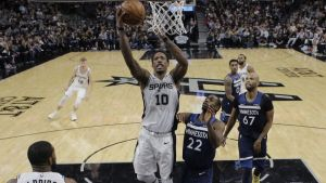 DeRozan conduce a Spurs a victoria 112-108 sobre Wolves