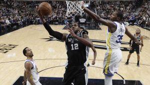 Aldridge, DeRozan y los Spurs alargan mal paso de Warriors