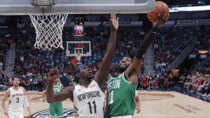 Con 26 puntos, Irving conduce a Celtics al triunfo