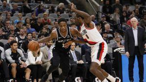 Spurs le ganan a los Trail Blazers de Portland 131-118