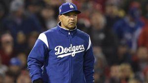 Los Dodgers le dan una extensión de contrato de cuatro años a Dave Roberts