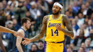 Ingram y Ball llevan a Lakers a triunfo sobre Mavs
