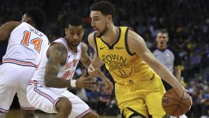 Warriors aplastan a Knicks y frenan mala racha en casa