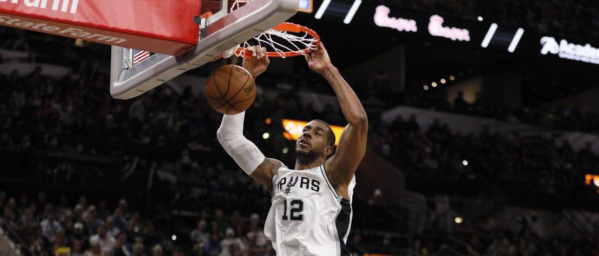 Con 56 puntos de Aldridge, Spurs vencen a Thunder