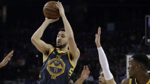 Thompson y Warriors arrasan con unos Bulls en declive