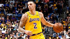 Ball anota 19, Lakers propician 8va derrota al hilo de Bulls