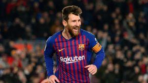 Messi brilla para que Barsa extienda su racha ganadora