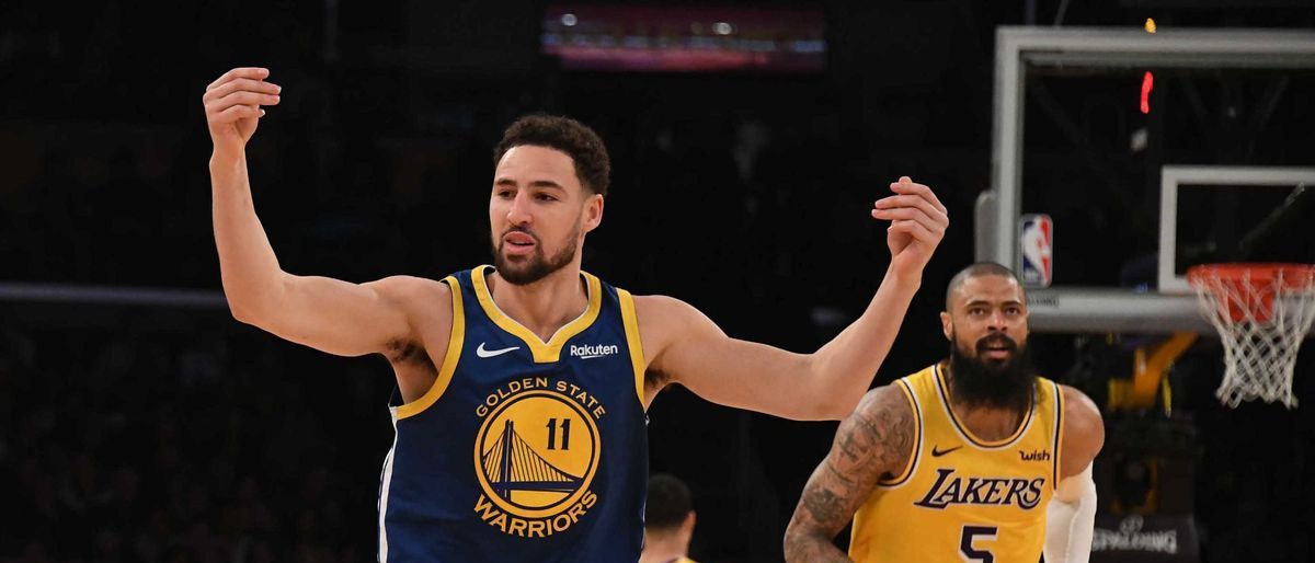Thompson anota 10 triples y Warriors ganan a Lakers 130-111