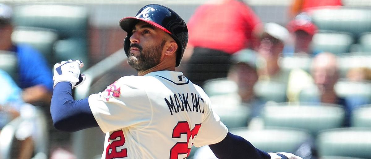 Los Bravos renuevan por una temporada con Nick Markakis
