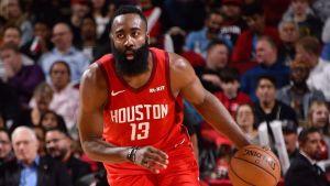 Harden sigue encendido y Rockets se impone 121-119 a Raptors