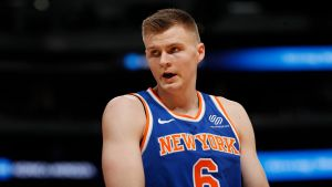 Knicks traspasan a Porzingis a Mavericks