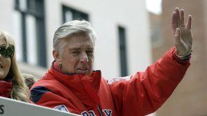Dave Dombrowski insiste en que los Medias Rojas no gastarán mucho en un cerrador