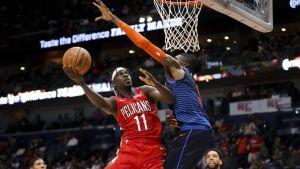 Pelicans vencen a Thunder, pero pierden a Davis por lesión