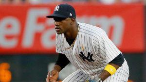 Adeiny Hechavarría a los Mets con un pacto de ligas menores