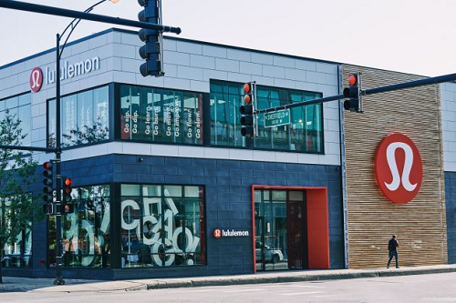 Photo:Lululemon Chicago store
