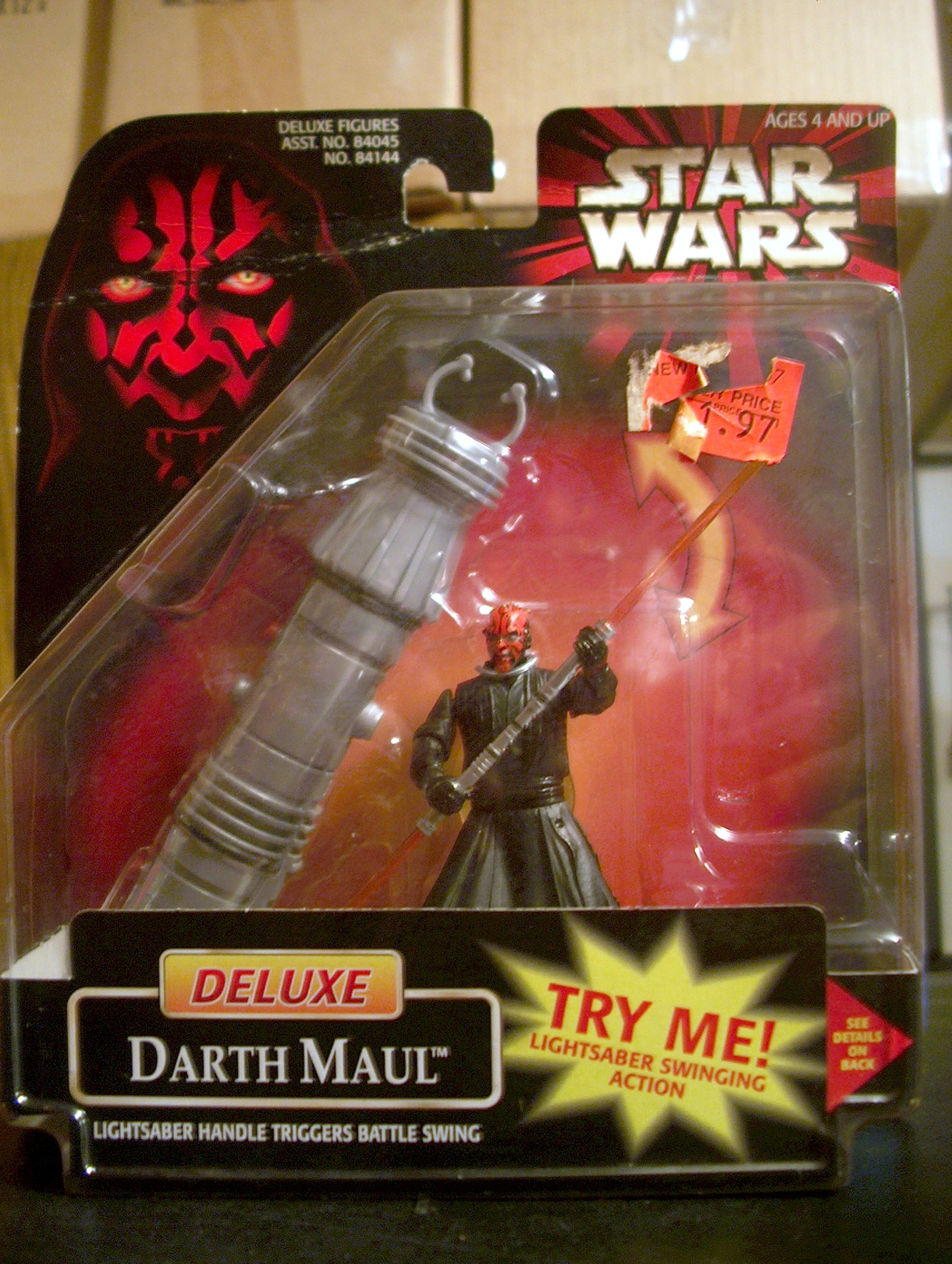 Deluxe Darth Maul - Lightsaber Handle Triggers Battle Swing