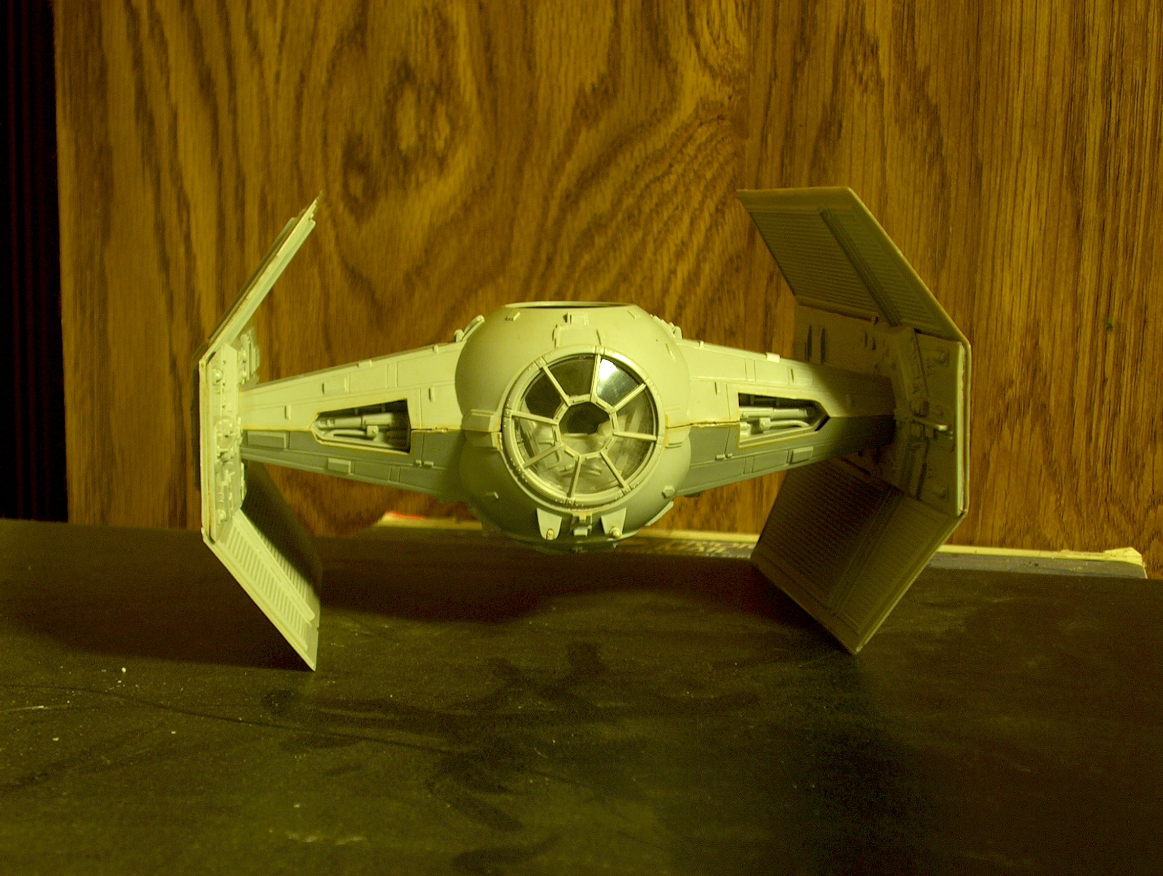 Darth Vader's TIE Fighter with Launching Laser Cannons!