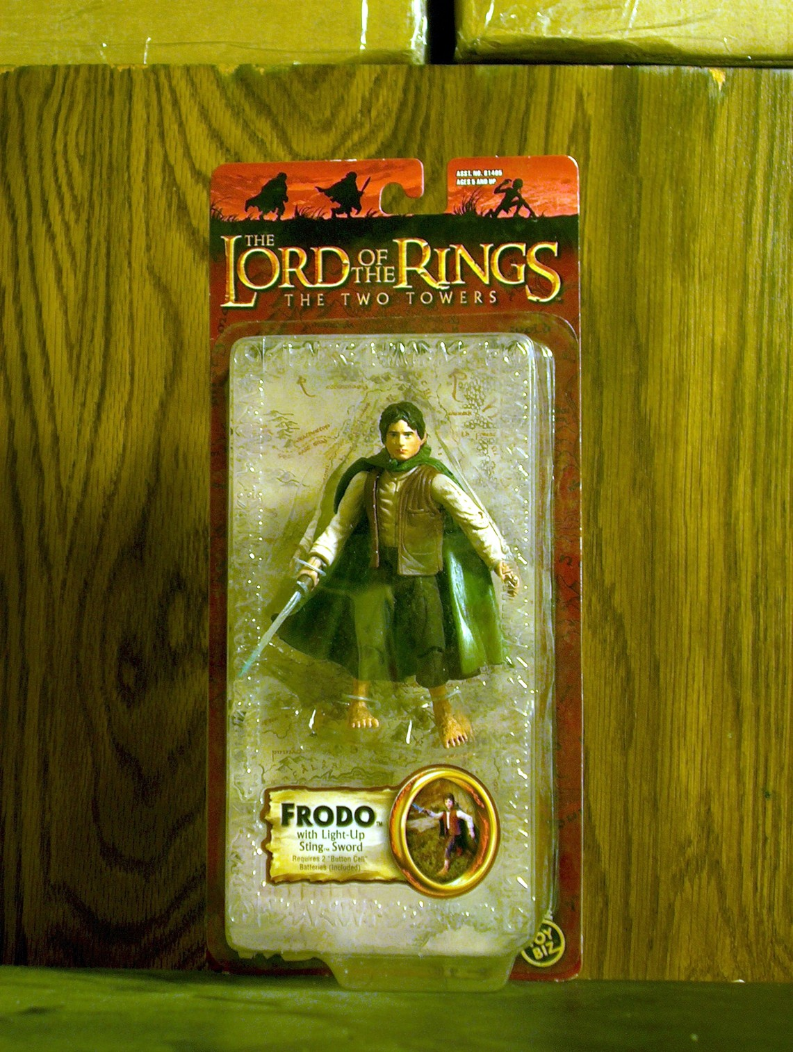 Frodo with Light-Up Sting Sword