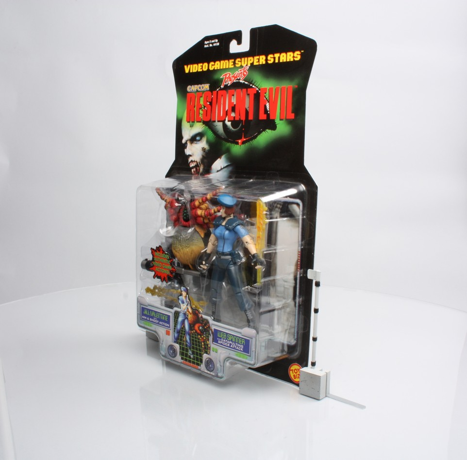 Jill Valentine with Aim & Shoot Action - Web Spinner with Catapulting Spider Attack  (2-Pack)