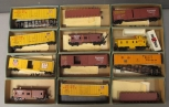 Athearn HO Scale Freight Cars: 1342, 1348, 1315, 1293 [12]/Box