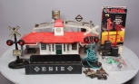Lionel, Marx & Nova O Scale Assorted Postwar and Modern Accessories (8)