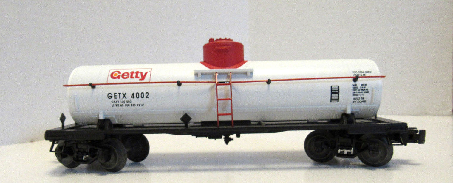Lionel 6-26941 Getty Semi-Scale Die-Cast Tank Car #4002