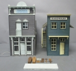Pola 934 Johnson's Dry Goods Hardware Store & G1814 G Scale Undertaker Building