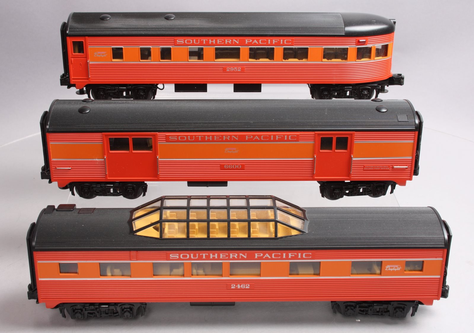 Buy MTH Southern Pacific Daylight Passenger Cars [3] EX | Trainz