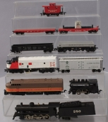 HO Scale Assorted Locomotives & Freight Cars [10]