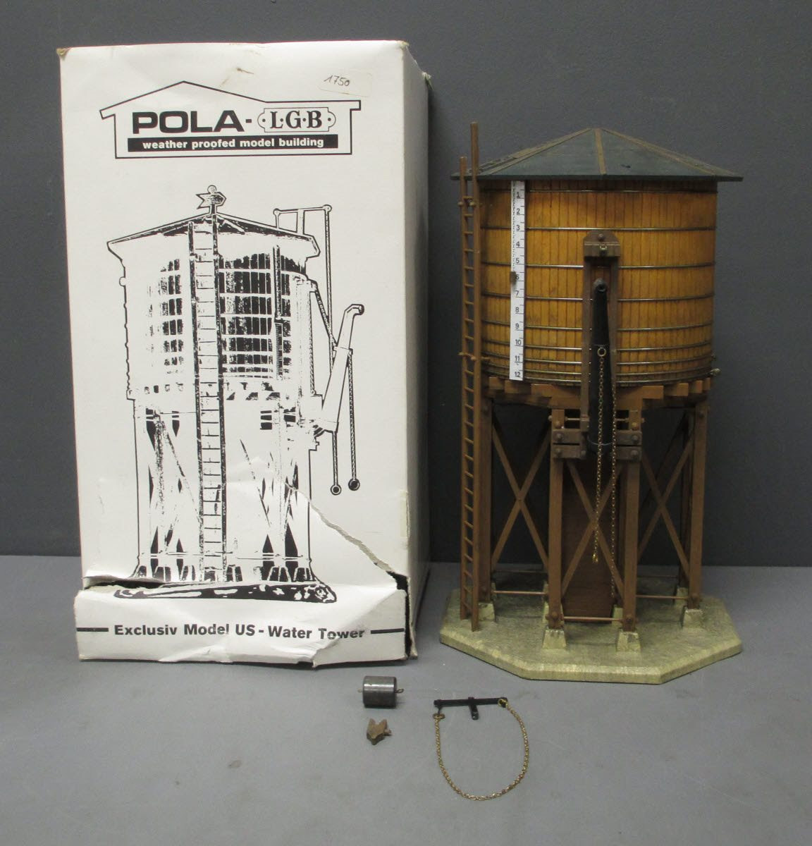 Buy Pola 923 Water Tower Kit- Assembled/Box | Trainz Auctions
