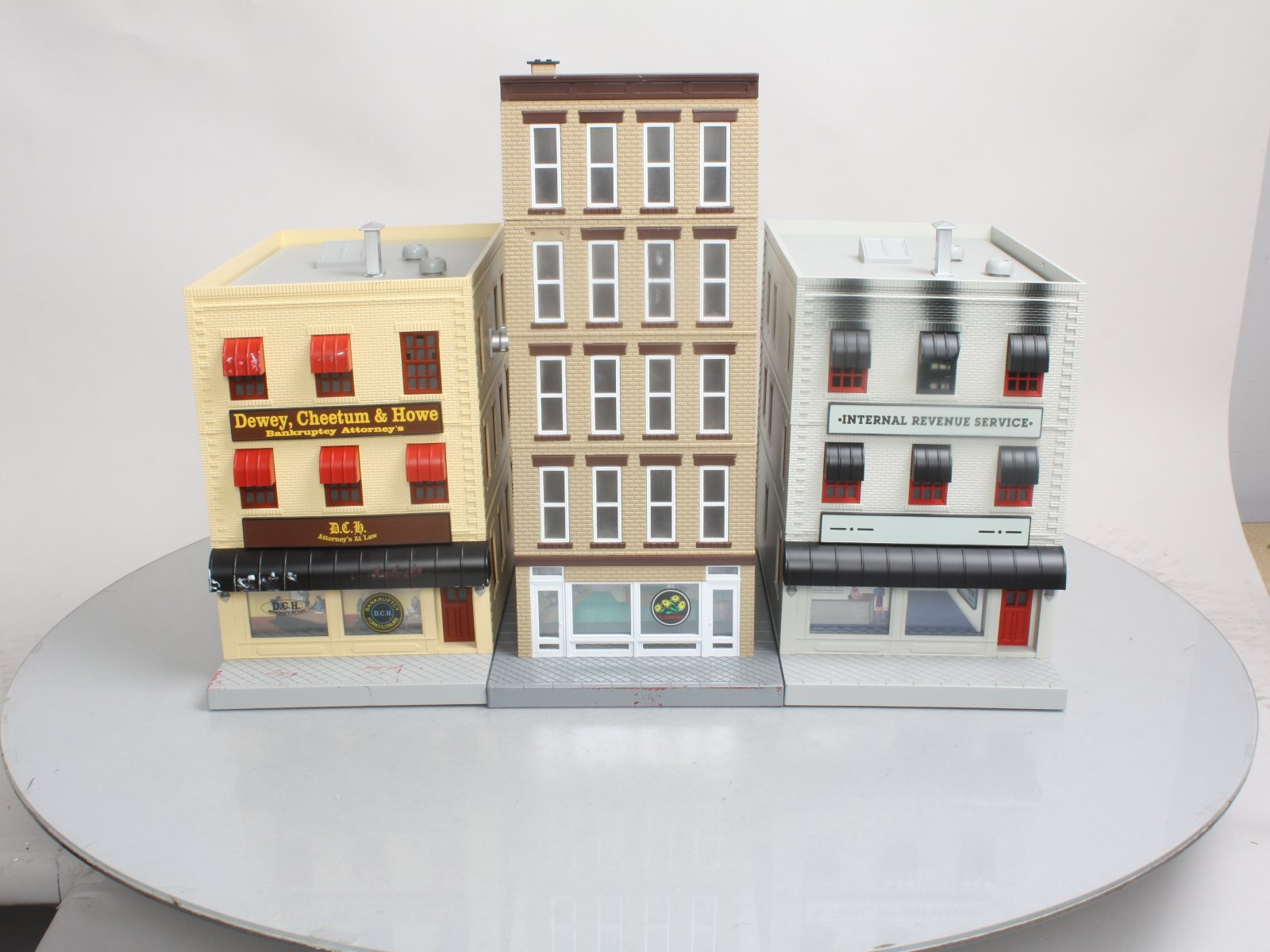 Buy MTH O Scale Buildings: 5-Story Flower Shop, Attorney\'s Office ...