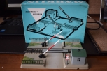 METALLIC AND MECHANICAL CROSSING OF MÄRKLIN SCALE H0. In original box. GOOD STATE OF CONSERVATION.