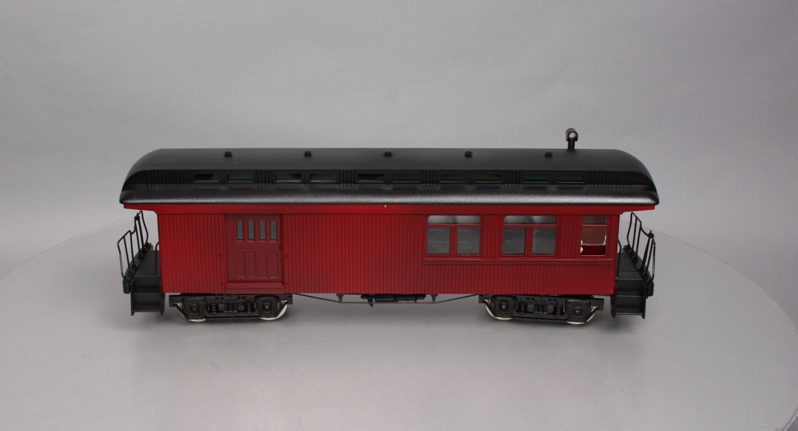 Hartland 06204 Long Undecorated Maroon Combination Car (Metal Wheels)/Box  Hartland 06204