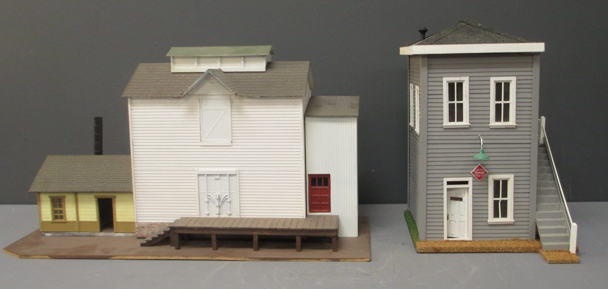 Buy Custom Made G Scale Ice House and Yard Tower | Trainz Auctions