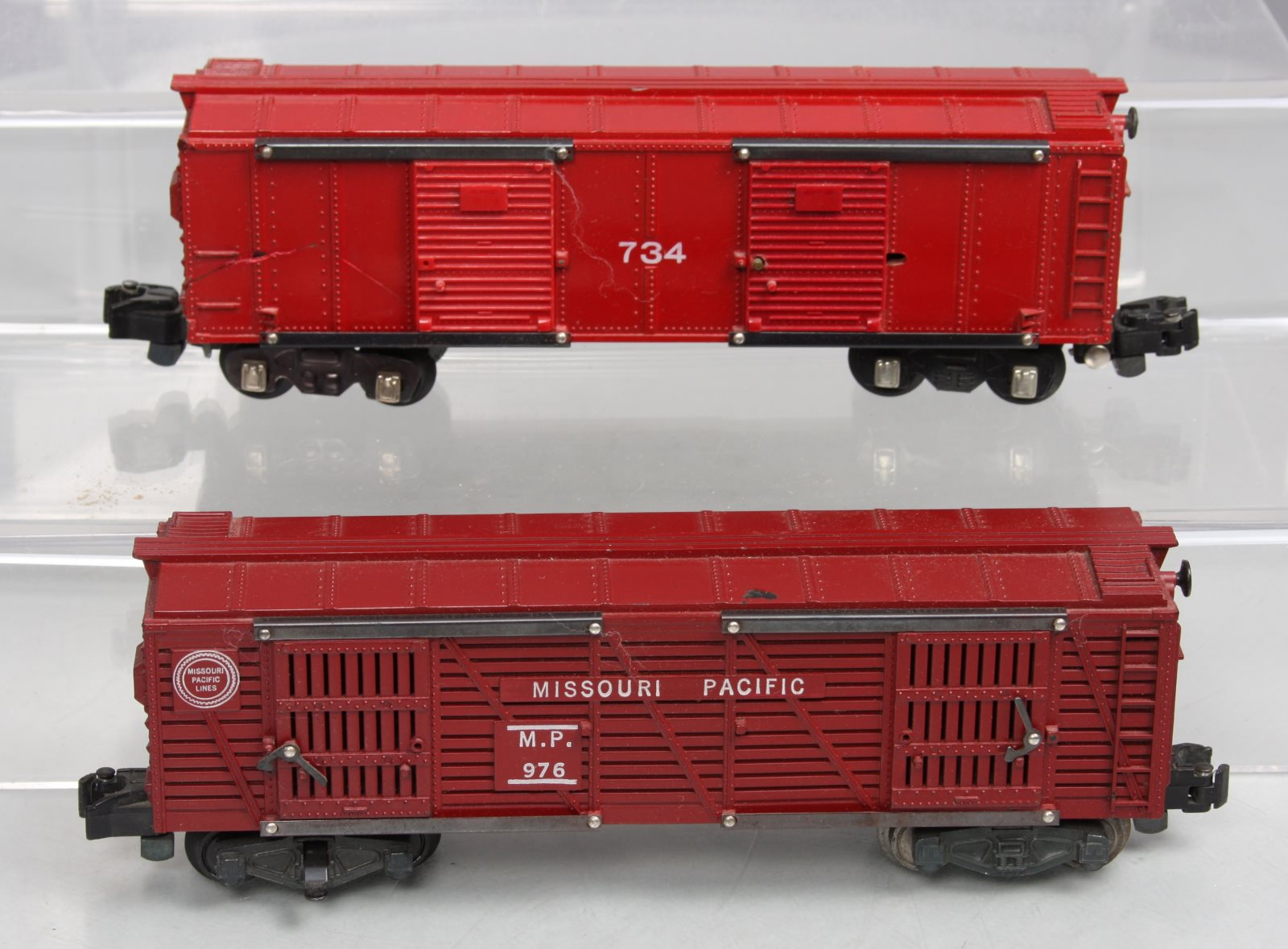 Buy American Flyer 734 Operating Boxcar & 976 Operating Cattle Car