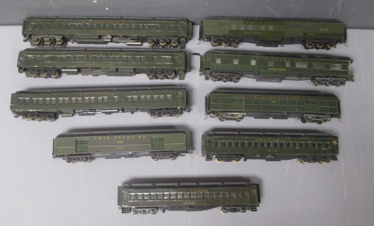 Buy HO Scale Twin Peaks Passenger Coaches [9] | Trainz Auctions