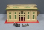 Lionel 116 Train Station/Box