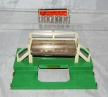 Postwar Lionel Train 3462P Milk Car Platform & 3462-70 Cans in Separate sale box