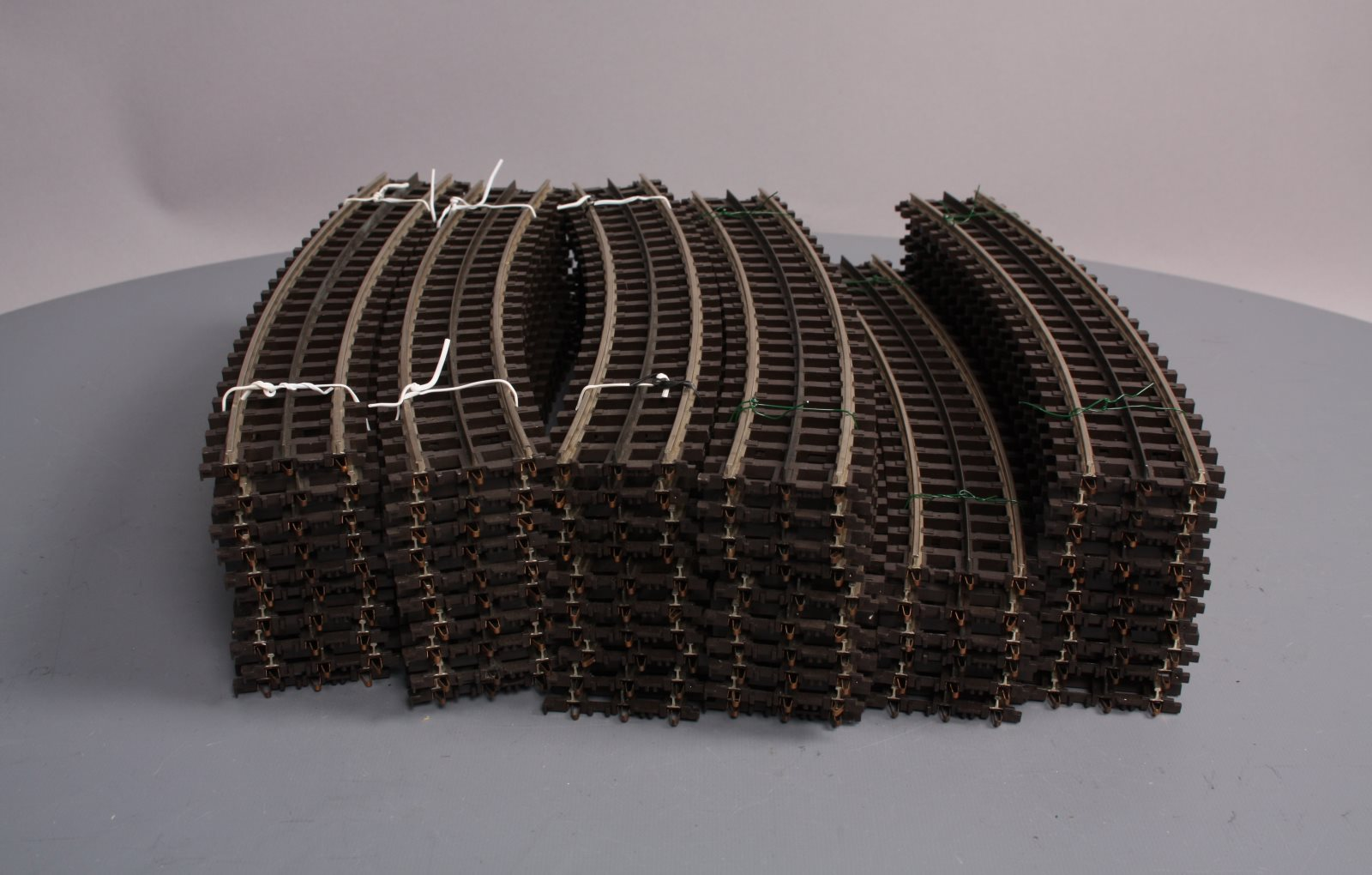 MTH 45-1002 Scaletrax O-31 Curved Track Section